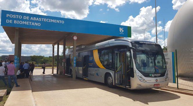 Scania e Sabesp demonstram ônibus movido a gás gerado de esgoto