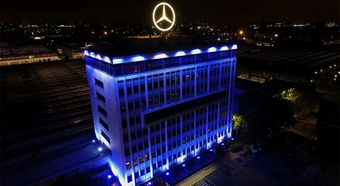 Mercedes-Benz do Brasil ganha iluminação azul em novembro