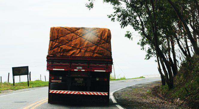 CNTA pede suspensão das resoluções do CONTRAN que tratam sobre amarração de cargas