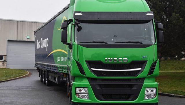 IVECO entrega lote de 30 Stralis NP ao Grupo Jost, da Bélgica