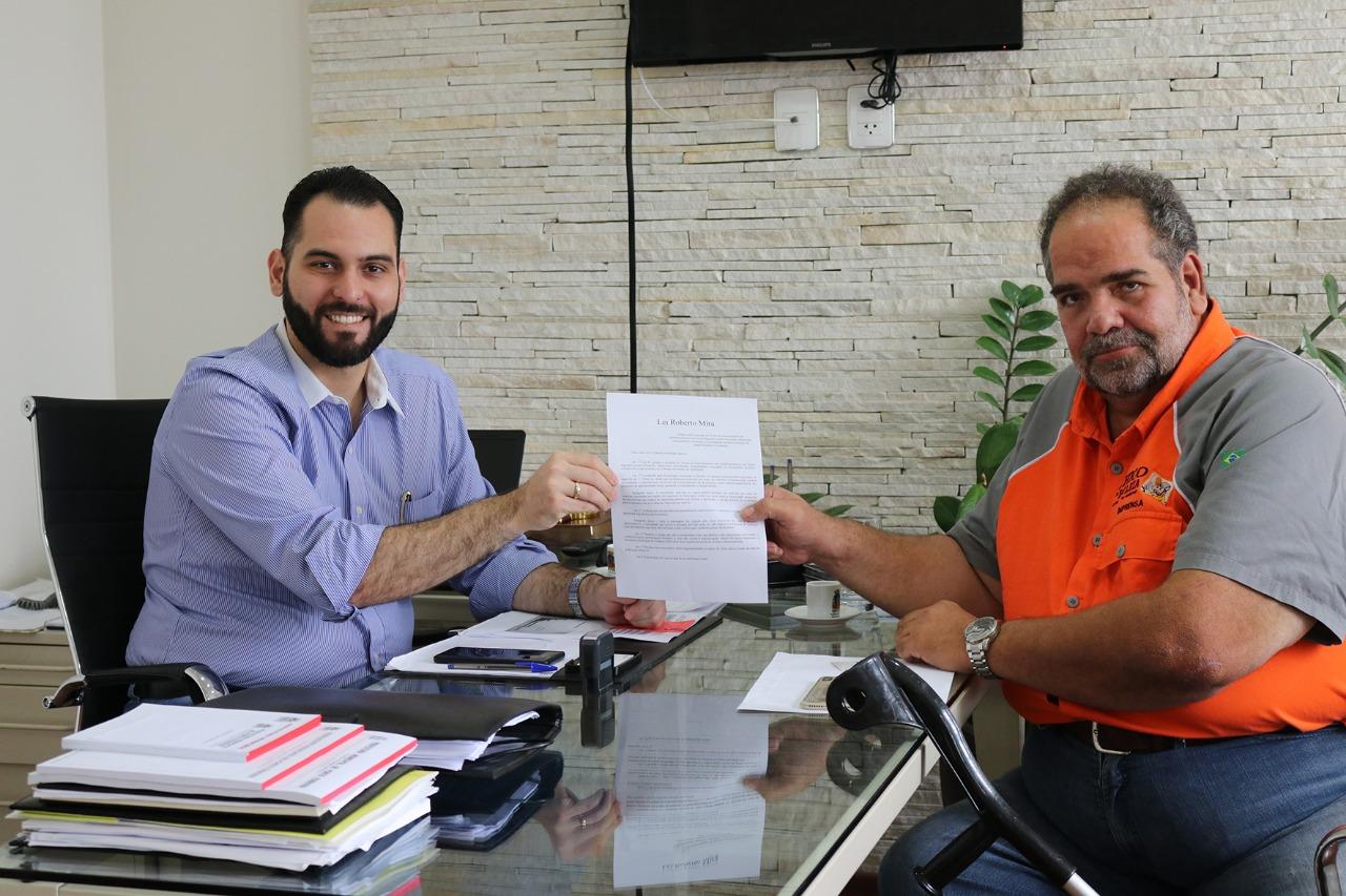 Prefeito de Porto Ferreira recebe apresentador Chico da Boleia e prepara projeto de lei Contra Carga Roubada