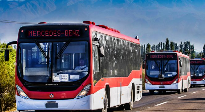 Mercedes-Benz vende 500 ônibus para o BRT Transantiago