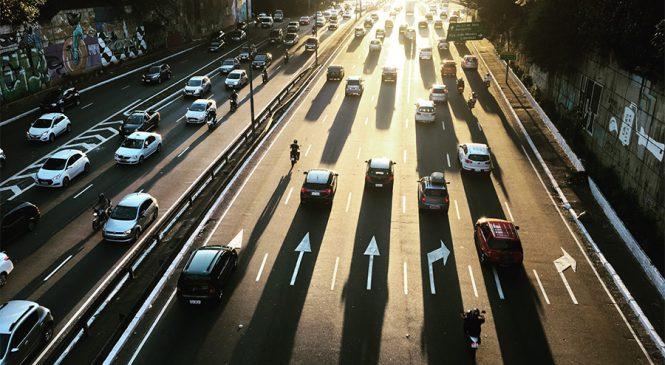 Rodízio de veículos em SP volta a vigorar nesta segunda-feira