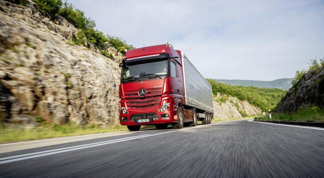 Daimler Trucks atinge recorde com veículos comerciais