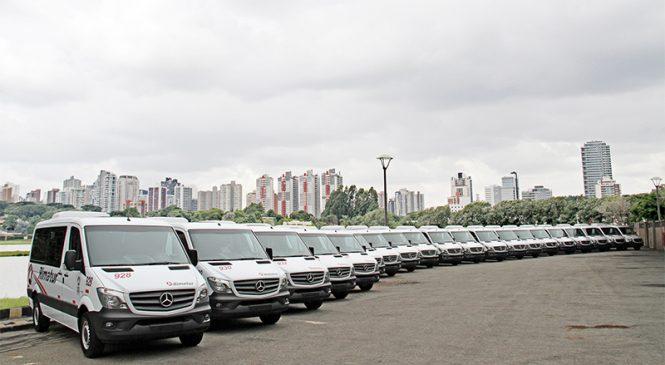 Empresa de fretamento renova frota com vans Sprinter de padrão executivo