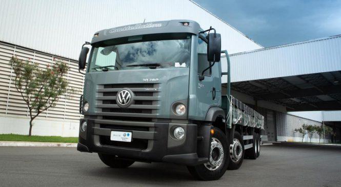 Volkswagen lança caminhão Constellation bitruck.