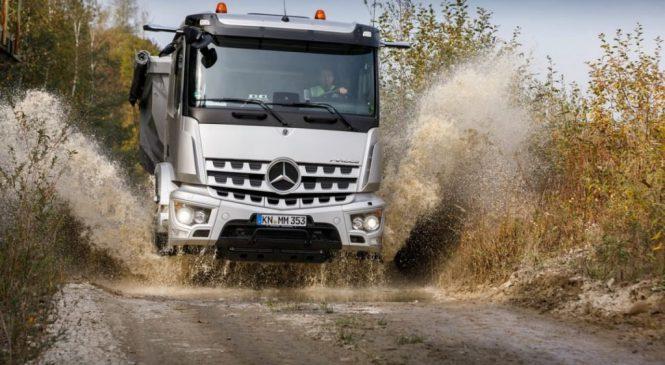 Mercedes-Benz leva mais tecnologia ao canteiro de obras