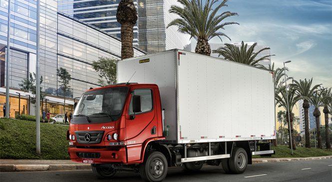 Linha Accelo acelera as vendas dos caminhões leves Mercedes-Benz no primeiro trimestre