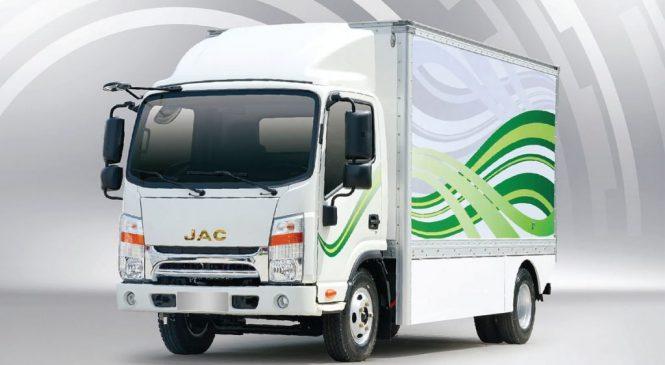 JAC Motors lança primeiro caminhão 100% elétrico da marca no Brasil