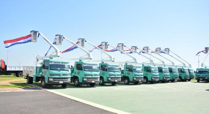 Volkswagen vende 21 caminhões no Paraguai com implementos eletrecitários.