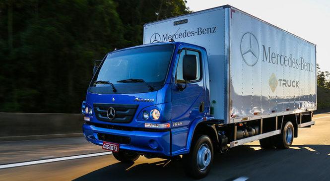 Qual o significado dos números nas laterais do caminhão?