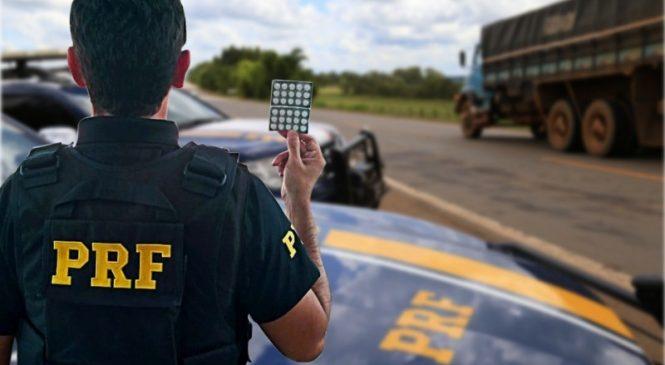 PRF flagra caminhoneiro dirigindo por quase dois dias sem descanso