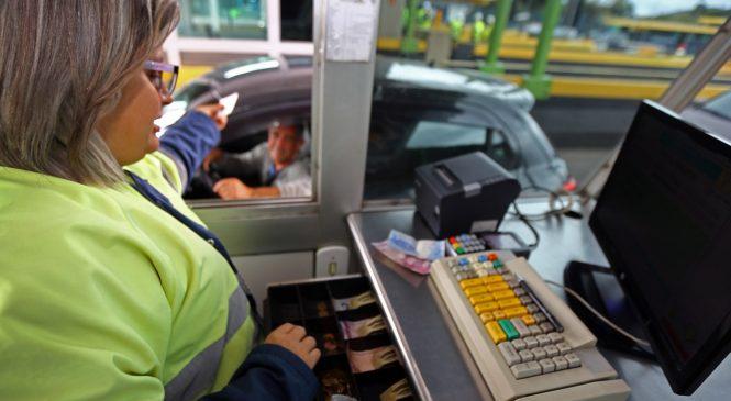 Deputado paulista quer que usuário pague tarifa de pedágio com cartão