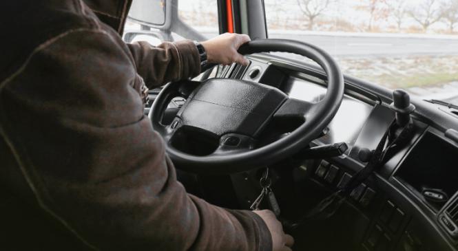 Déficit de caminhoneiros leva Portugal a buscar 2.000 motoristas do Brasil