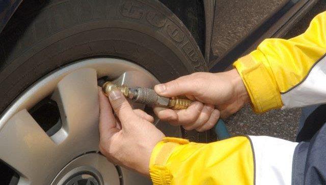 Quatro passos da Goodyear para conservar os pneus e dirigir de forma segura