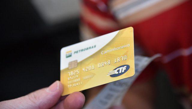 Cartão do Caminhoneiro começa a ser implementado pela Rede de Postos Siga Bem