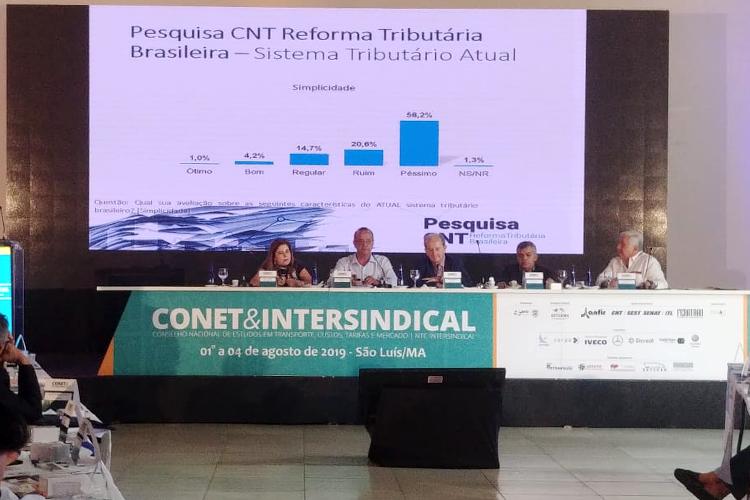 CNT divulga pesquisa sobre reforma tributária em encontro de transportadores no Maranhão