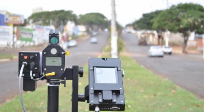 Governo suspende uso de radares móveis em rodovias federais