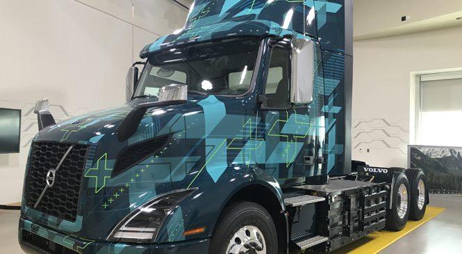 Volvo mostra caminhão elétrico Classe 8 para parceria na Califórnia