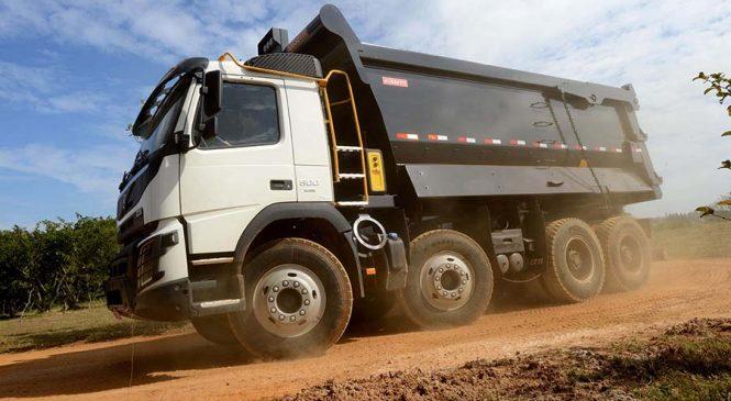 Volvo mostra suas máquinas, caminhões  e soluções para mineração na Exposibram 2019