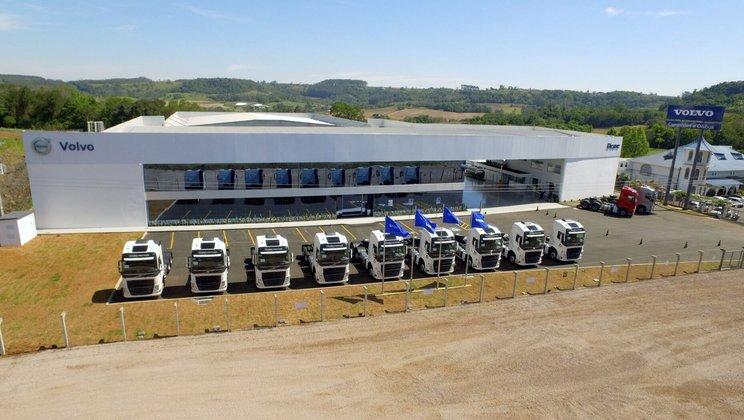 Volvo e Dicave inauguram nova concessionária em Santa Catarina