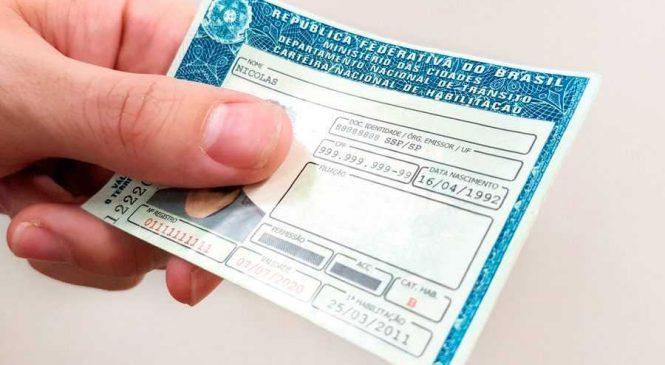 Mantida dispensa por justa causa de motorista que dirigia com CNH suspensa