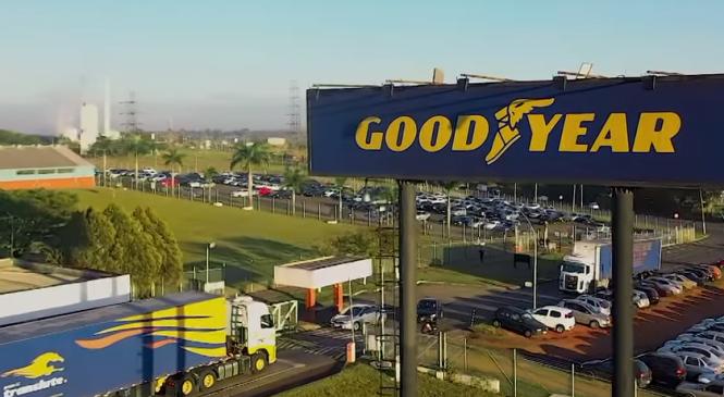 Campanha da Goodyear para caminhoneiros comemora um século no Brasil com 100 pneus em prêmios
