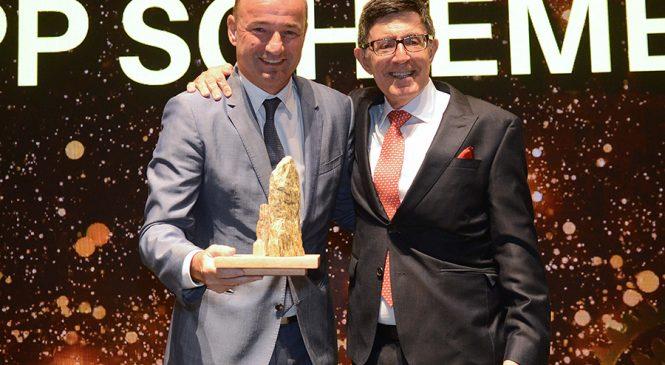 Presidente da Mercedes-Benz é eleito CEO da Década pela Consumidor Moderno