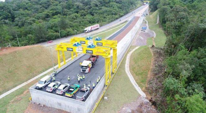 Área de escape da BR-376, que liga SC ao Paraná, é liberada