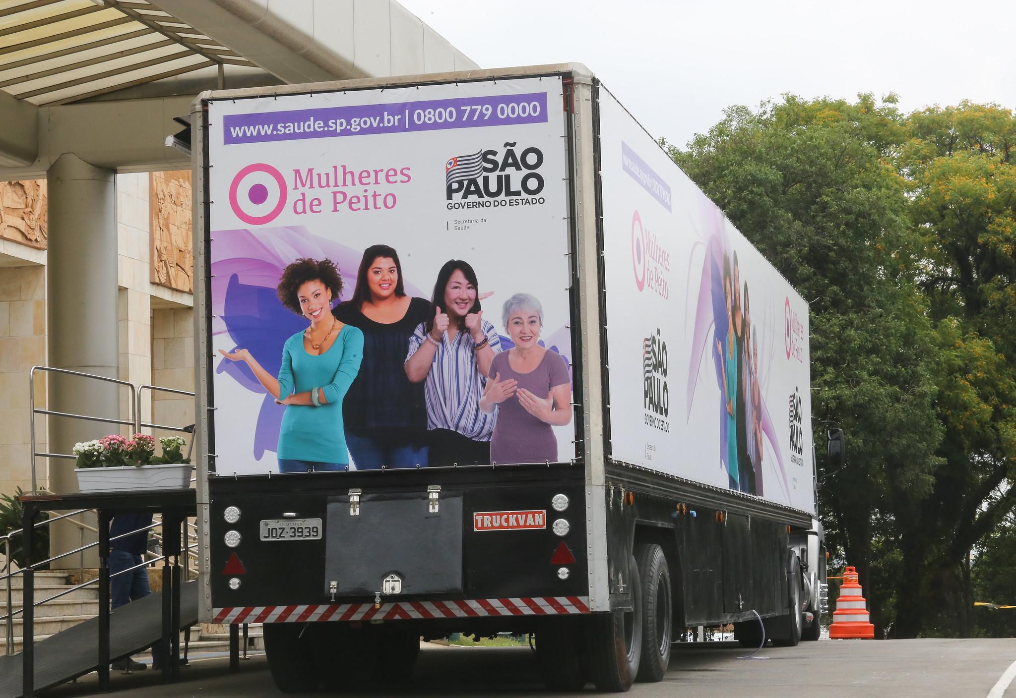 Mulheres de Peito atende em 8 cidades até sábado (21)