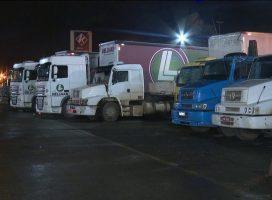 Governo federal volta a liberar venda de bebidas alcoólicas em pontos de descanso de caminhoneiros