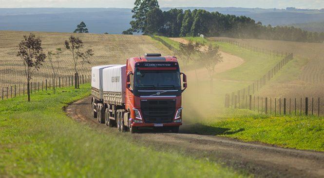 Volvo retoma liderança em caminhões pesados com crescimento de 58% nas entregas no Brasil