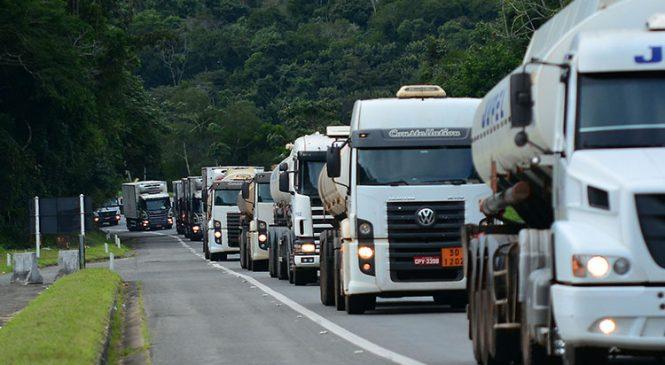 Falta de serviços nas estradas fazem caminhoneiros recusarem frete