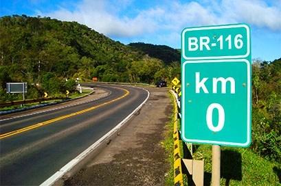 Três estradas do país concentram 36% dos acidentes com caminhões, aponta CNI