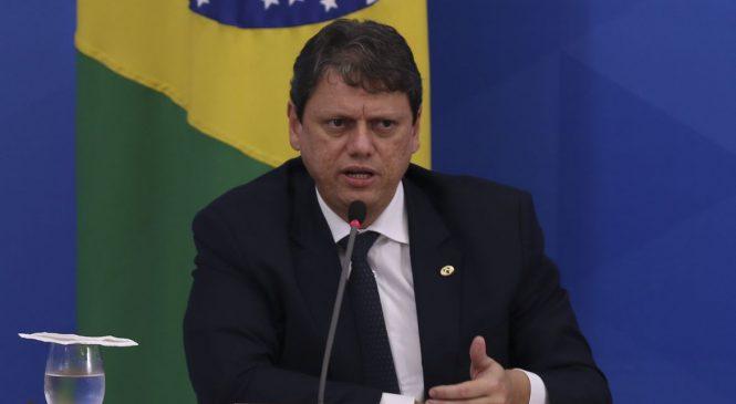 Em meio à pandemia, Brasil manteve logística de abastecimento