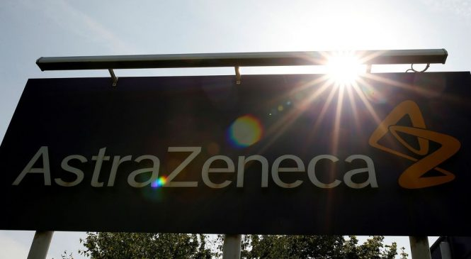 AstraZeneca anuncia retomada de testes de vacina contra covid-19