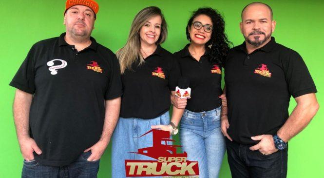 Chico da Boleia entrevista equipe do Super Truck