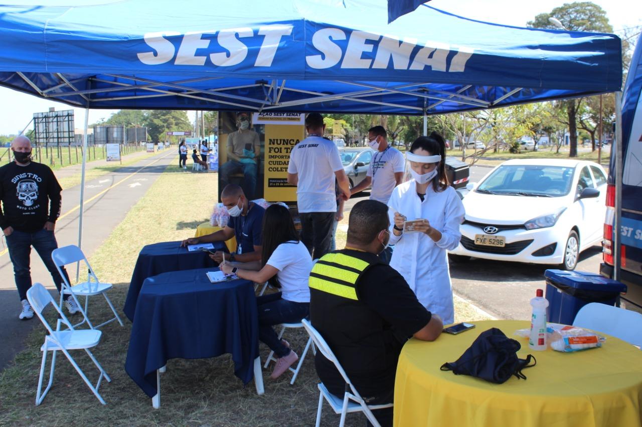 SEST SENAT realiza ações de conscientização sobre o trânsito e testagem da Covid-19