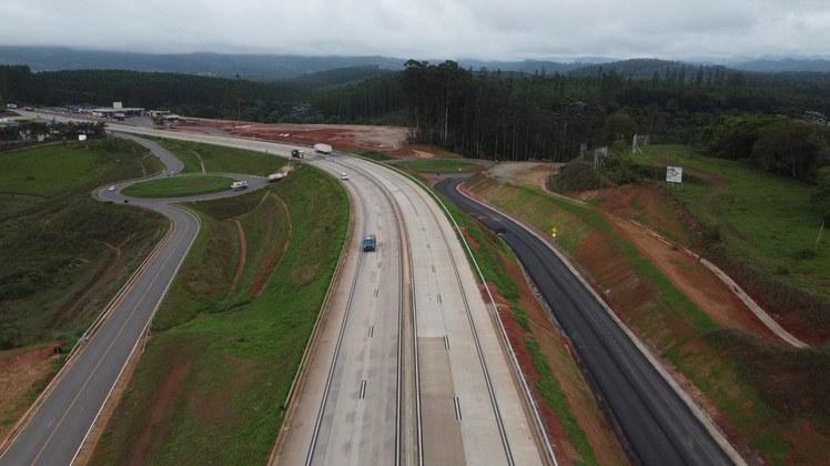 Governo Federal libera mais nove quilômetros de pista duplicada na BR-381/MG