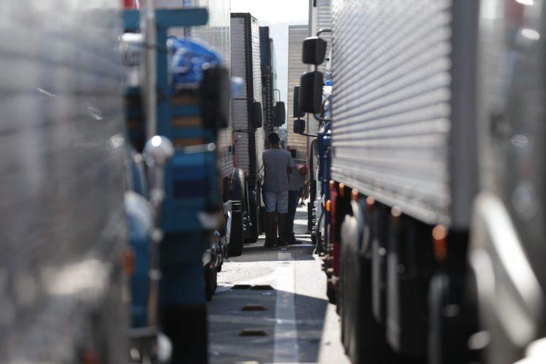 Greve nacional do setor de transporte rodoviário tem apoio de nova entidade