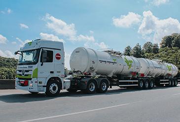 TransJordano abre vagas para motoristas de veículos pesados
