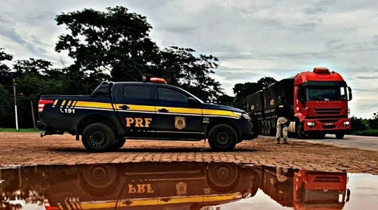PRF faz operações para conferir cumprimento da lei do descanso