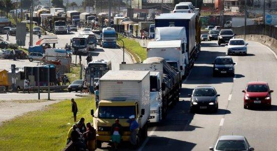 Greve dos caminhoneiros começa sem grandes manifestações pelo país