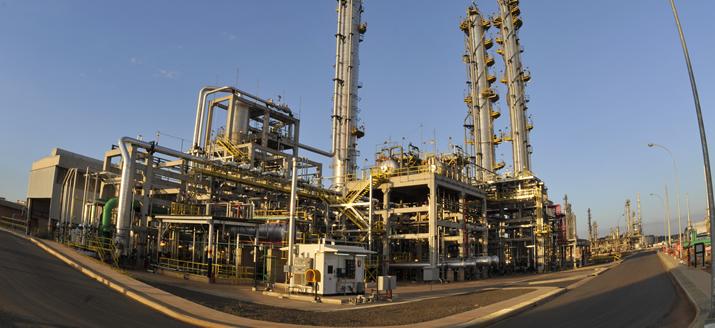 Litro do diesel fica mais barato nas refinarias a partir de hoje