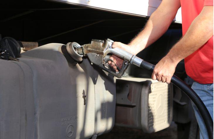 Proposta aponta passos para reduzir o preço dos combustíveis e GLP