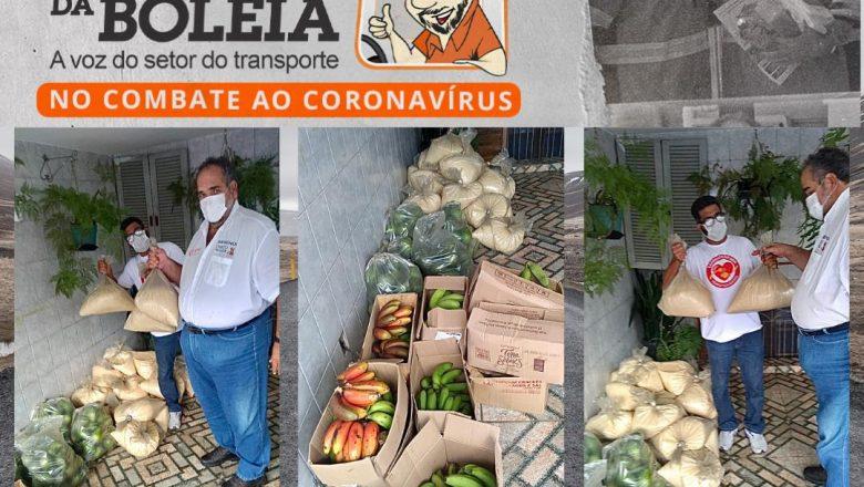 Chico da Boleia entrega alimentos doados pelo MST ao Projeto Prato Solidário