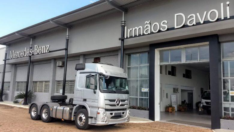 Irmãos Davoli recebe Prêmio Cliente Satisfeito da Mercedes-Benz