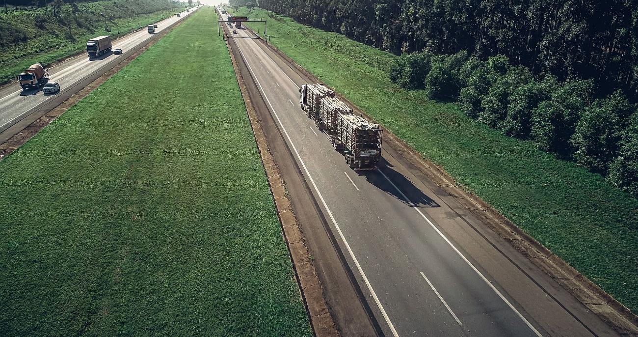 Maio Amarelo: Continental relembra a importância dos pneus para a segurança dos motoristas de caminhão