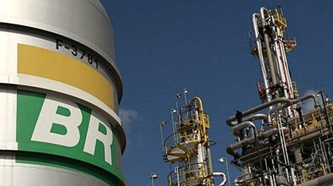 Preços do diesel, da gasolina e do gás de cozinha sofrem novo reajuste nas refinarias