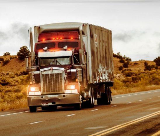 FreteBras disponibiliza sistema gratuito de validação de motoristas contra roubo de cargas